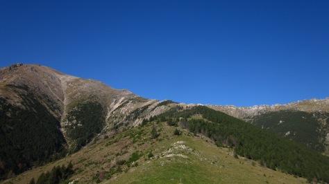 De la Collada neix la Serra de l'Ullat, un contrafort natural del Costabona. Des d'aquest costat, la vista és ben diferent. I preciosa!