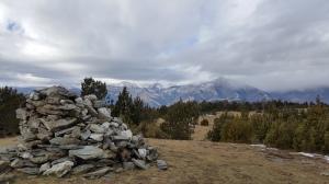 Eixint de Coll d'Ares, vista del Pirineu Oriental